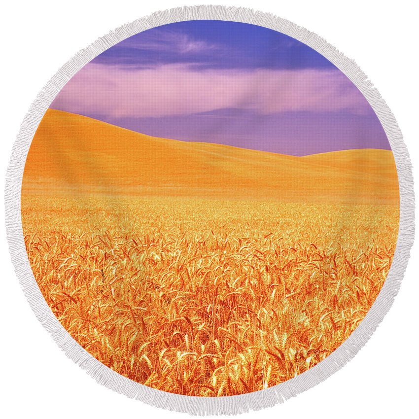 Pacific Northwest Round Beach Towel featuring the photograph The Palouse Steptoe Butte by Ed Riche