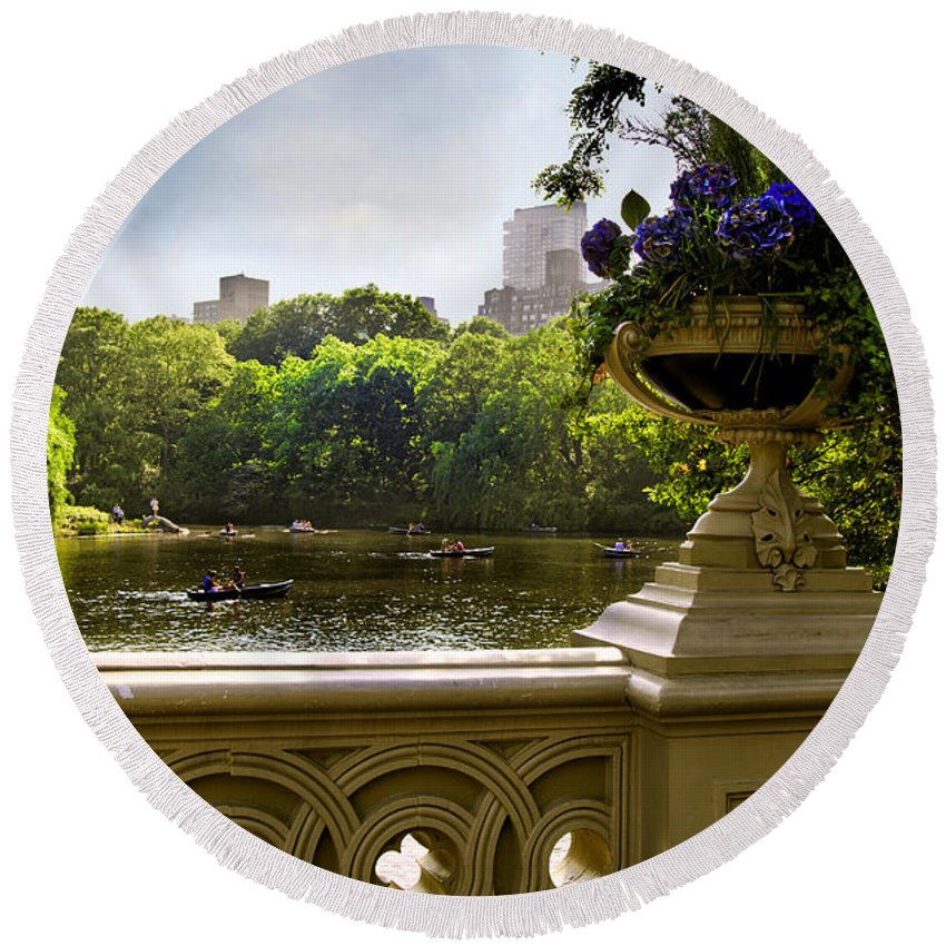 Park Round Beach Towel featuring the photograph The Park On A Sunday Afternoon by Madeline Ellis