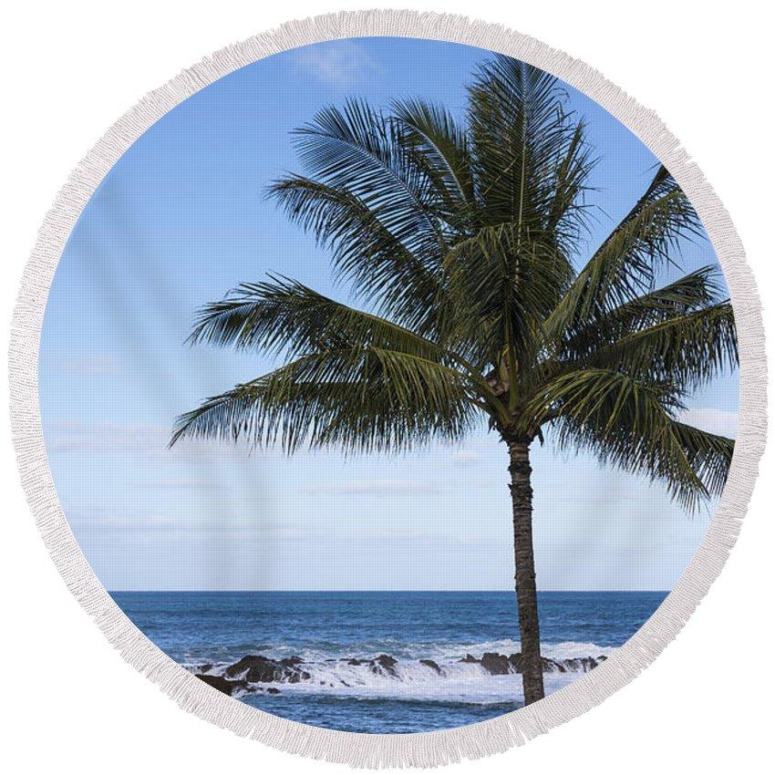 The Perfect Palm Tree Sunset Beach Oahu Hawaii Round Beach Towel