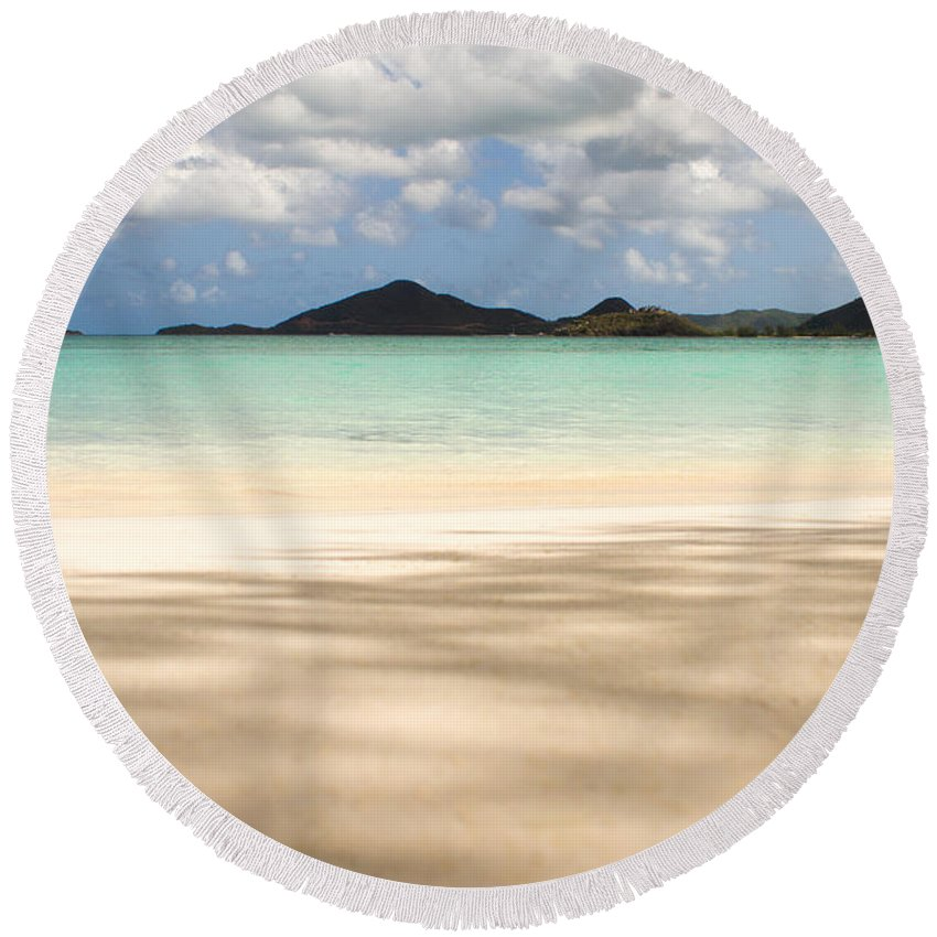 Antigua And Barbuda Round Beach Towel featuring the photograph The Perfect Shade by Ferry Zievinger