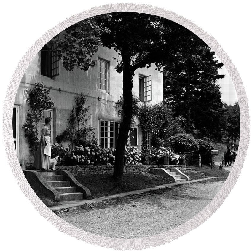 Architecture Round Beach Towel featuring the photograph The Platt's House In New Jersey by Samuel H. Gottscho
