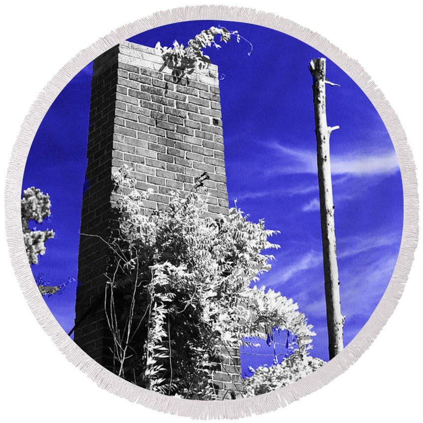 Infrared Round Beach Towel featuring the photograph the Remnant CIR by Paula OMalley