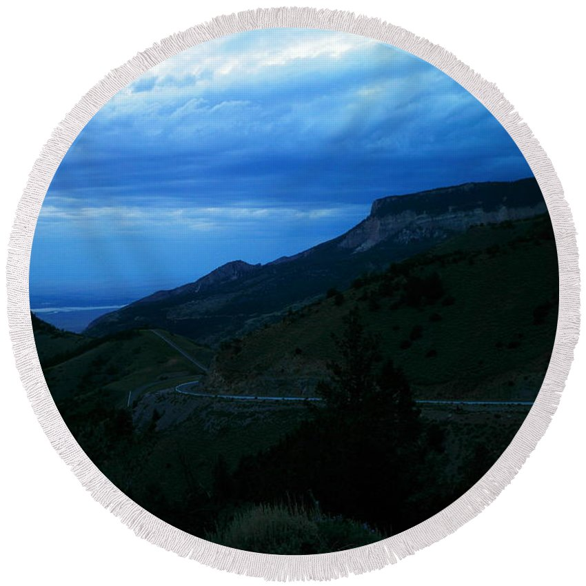 Landscape Round Beach Towel featuring the photograph The Road To Cody by Jeff Swan