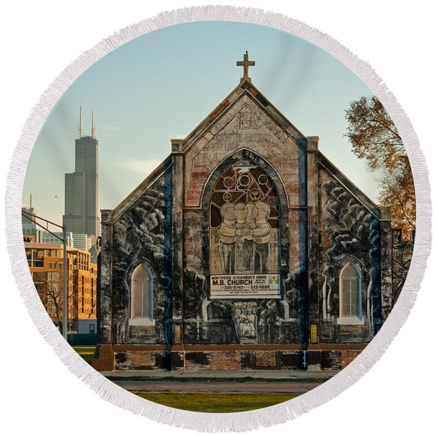 Chicago Round Beach Towel featuring the photograph The Stranger's Church And Willis Tower by Anthony Doudt