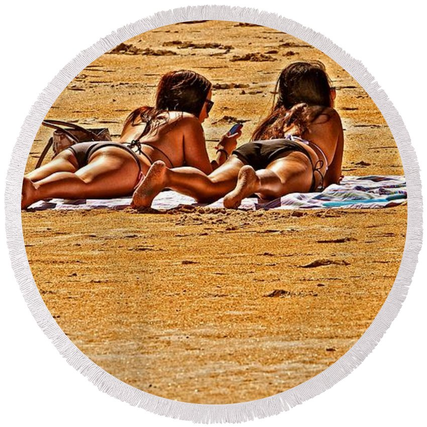 Women Round Beach Towel featuring the photograph The Suntan Girls by Alice Gipson