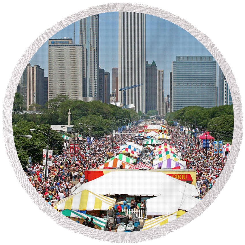 Taste Of Chicago Round Beach Towel featuring the photograph The Taste by Sheryl Chapman Photography