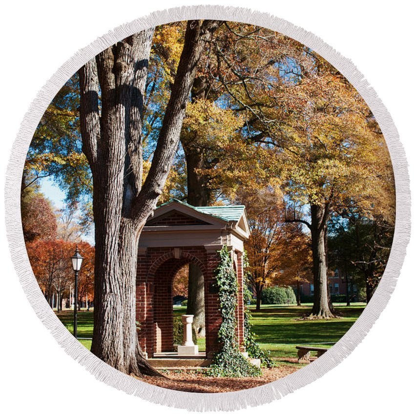 Art Round Beach Towel featuring the photograph The Well - Davidson College by Paulette B Wright