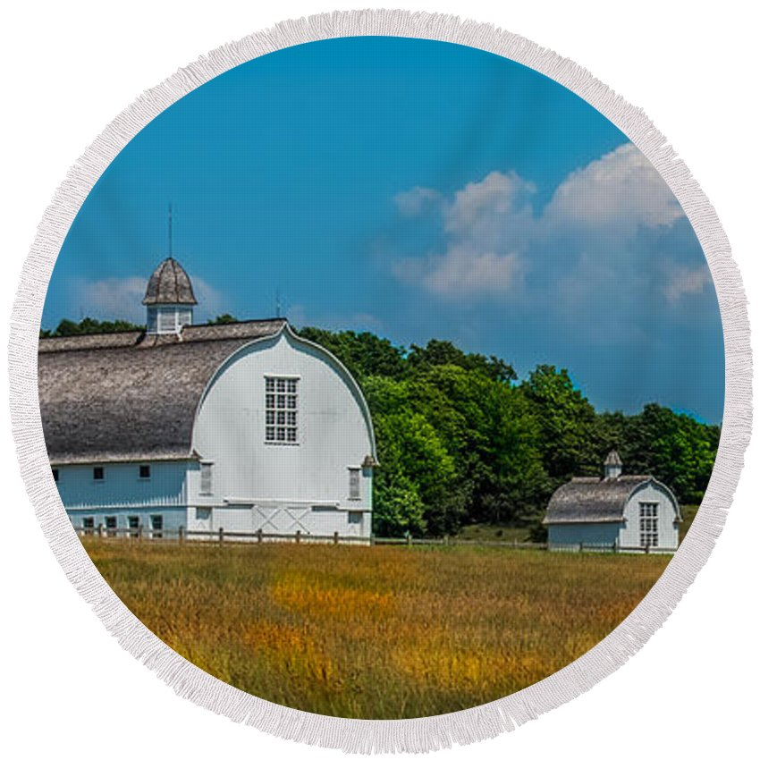 Barn Round Beach Towel featuring the photograph Three White Barns by Paul Freidlund