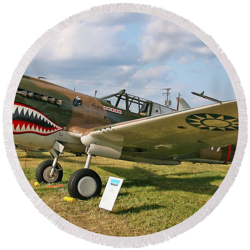 Curtis P-40 Warhawk Round Beach Towel featuring the photograph Tiger In The Grass by Tommy Anderson