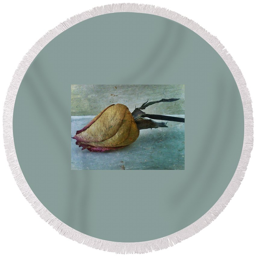 Flower Round Beach Towel featuring the photograph Time by Kimberlee Marvin