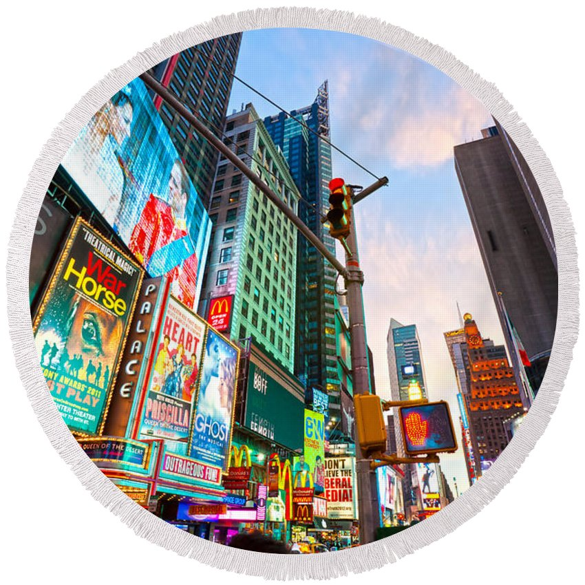 Chrysler Round Beach Towel featuring the photograph Times Square - New York City by Luciano Mortula