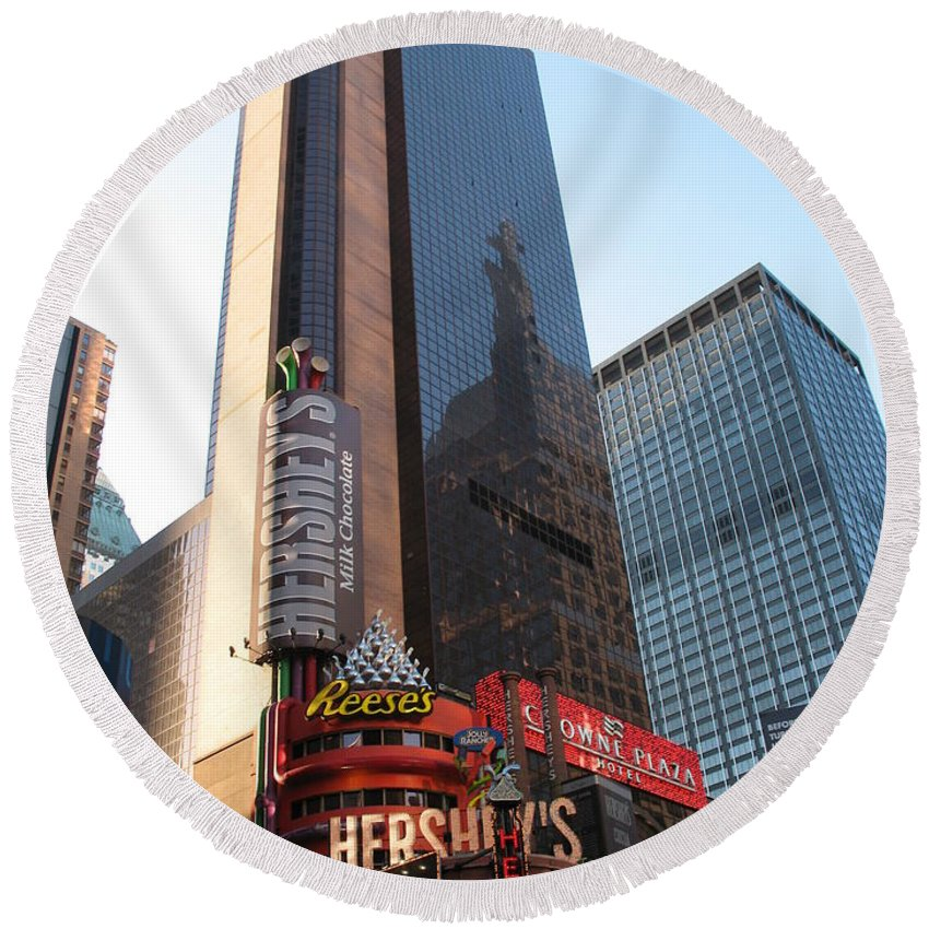 Times Square Round Beach Towel featuring the photograph Times Square - New York City by Christiane Schulze Art And Photography