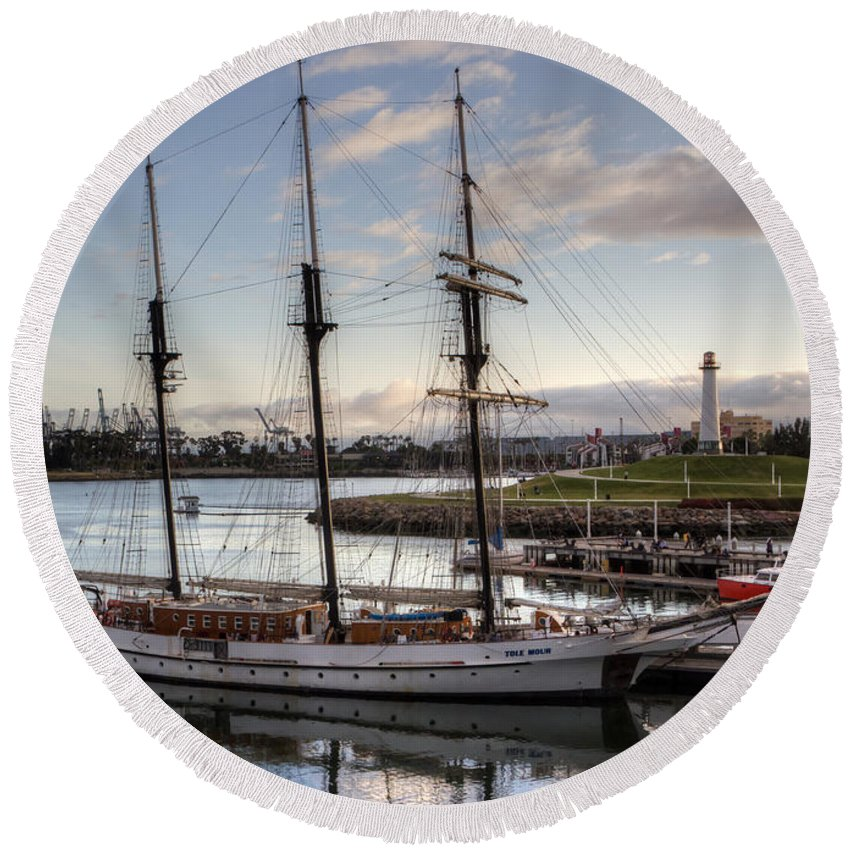 Round Beach Towel featuring the photograph Tole Mour For Sale by Heidi Smith