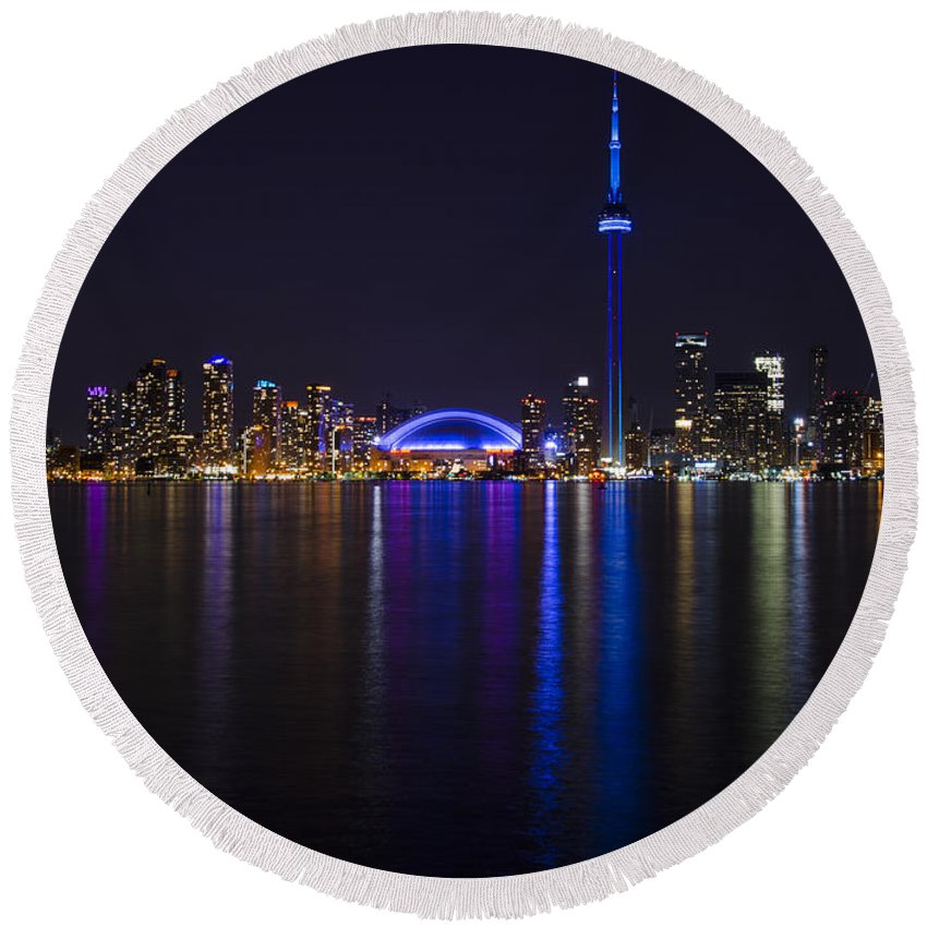 Canada Round Beach Towel featuring the photograph Toronto From Center Island by Sandra Parlow