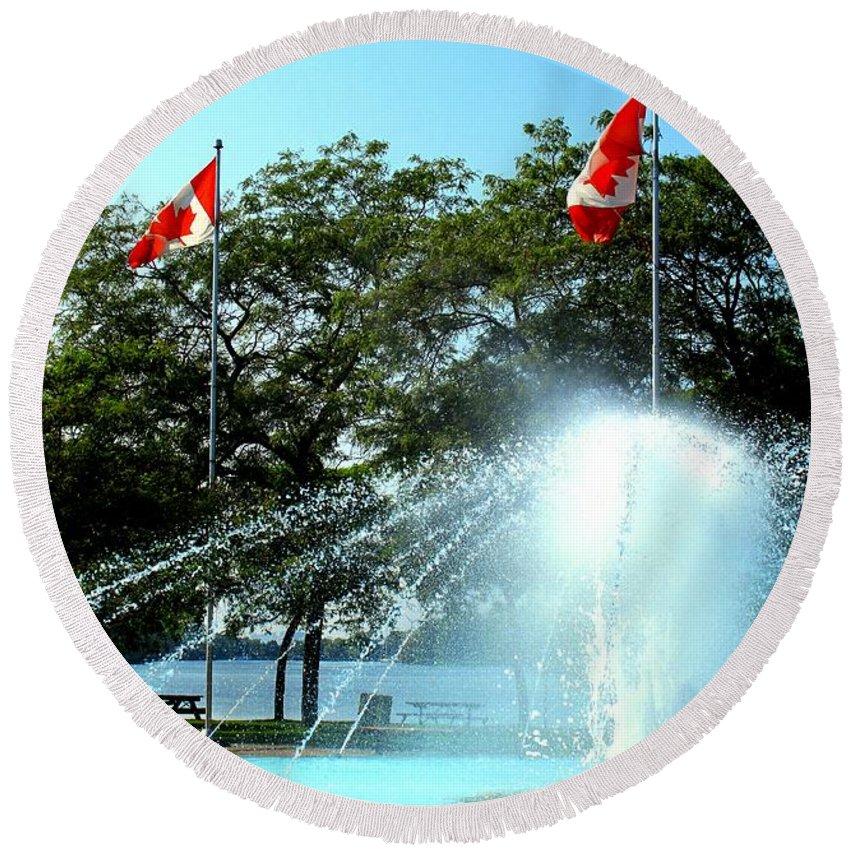 Toronto Round Beach Towel featuring the photograph Toronto Island Fountain by Ian MacDonald