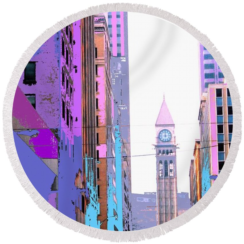 Bay Round Beach Towel featuring the photograph Toronto Old City Hall by Ian MacDonald