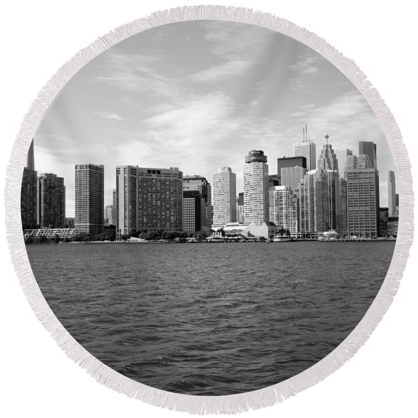 Black And White Round Beach Towel featuring the photograph Toronto On Skyline by Bill Cobb