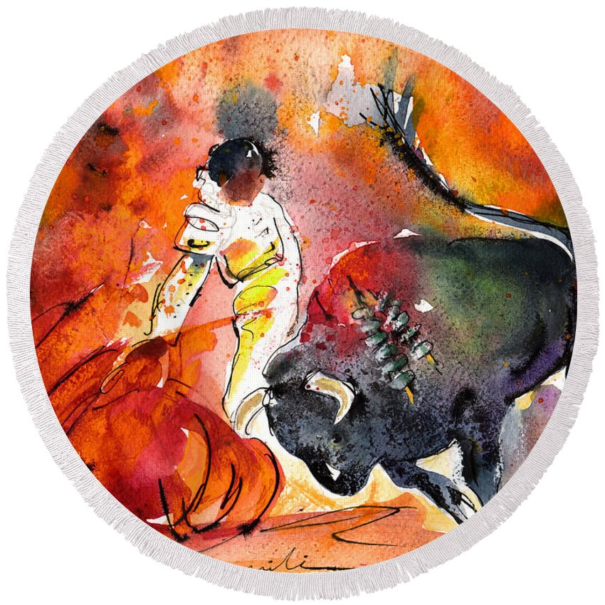 Culture Round Beach Towel featuring the painting Bullfighting The Reds by Miki De Goodaboom
