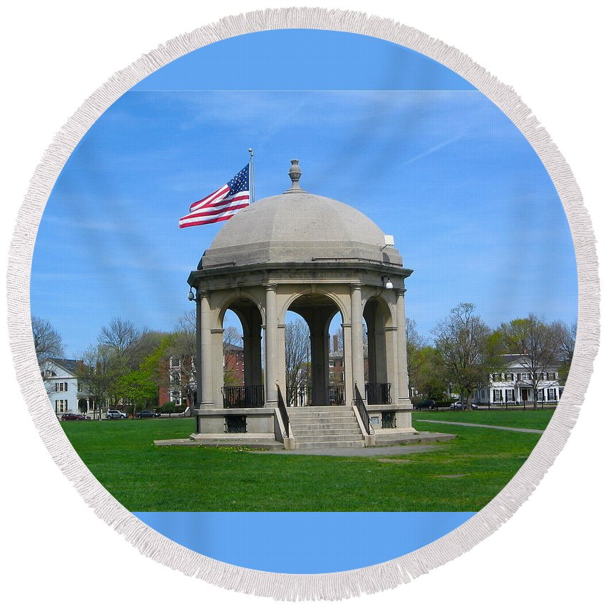 Salem Town Round Beach Towel featuring the photograph Town Square by Denise Mazzocco