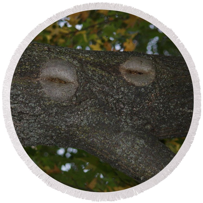 Tree Round Beach Towel featuring the photograph Tree Face 1 by Rob Luzier