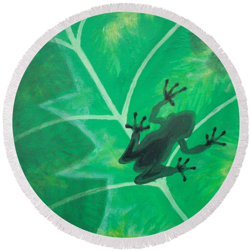 Tree Frog Round Beach Towel featuring the painting Tree Frog by Gary Hogben