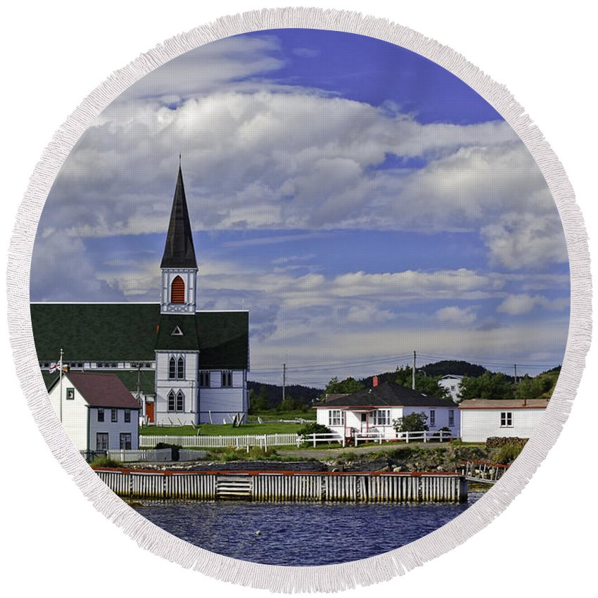 Canada Round Beach Towel featuring the photograph Trinity In Newfoundland by Les Palenik