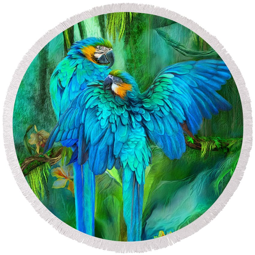 Macaw Round Beach Towels