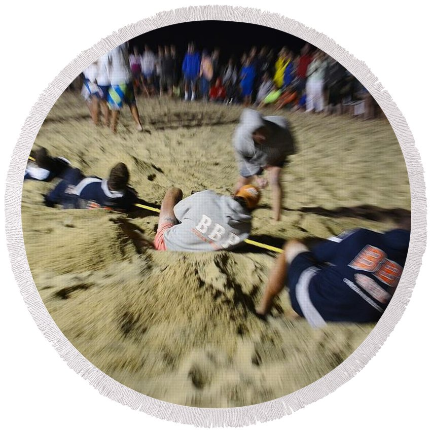 Lifeguard Round Beach Towel featuring the photograph Mid-atlantic Lifeguard Competition - Tug Of War by Kim Bemis