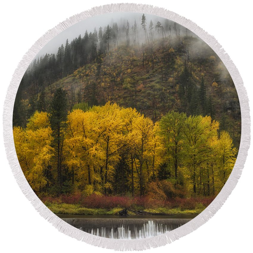 Autumn Round Beach Towel featuring the photograph Tumwater Canyon by Mark Kiver