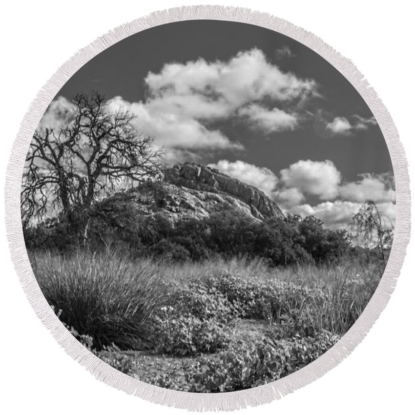 Cutts Nature Photography Round Beach Towel featuring the photograph Turkey Hill Bw by David Cutts