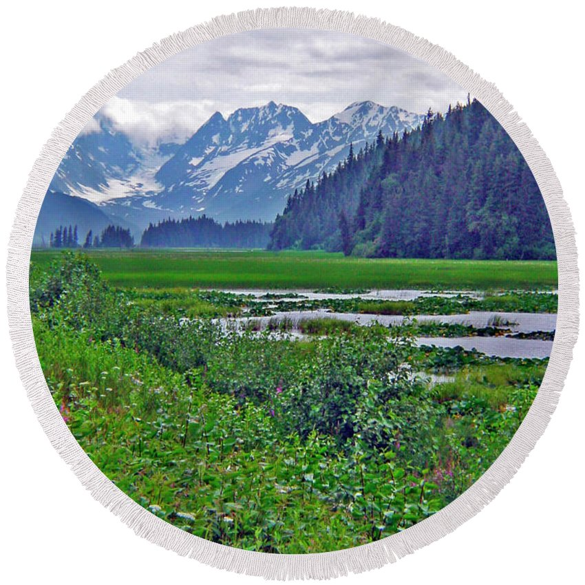 Alaska Photography Round Beach Towel featuring the photograph Turnagain Marsh by Jeremy Rhoades