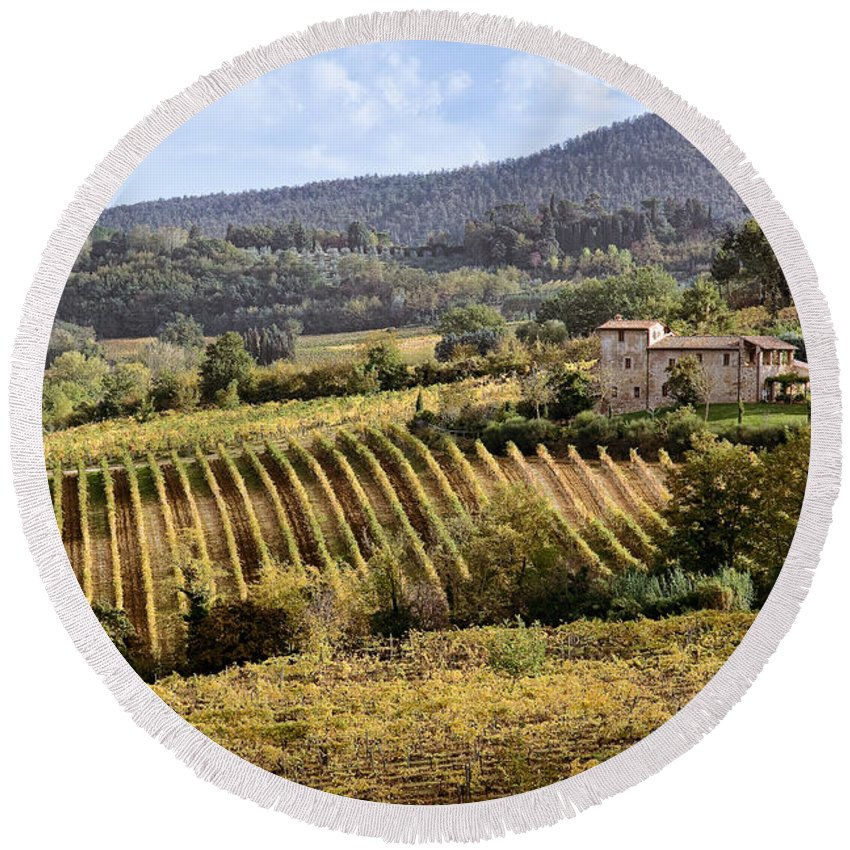 Tuscany Round Beach Towel featuring the photograph Tuscan Valley by Dave Bowman