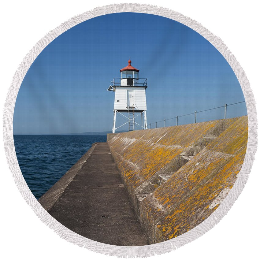 Two Harbors Round Beach Towel featuring the photograph Two Harbors Mn Pier Light 10 by John Brueske