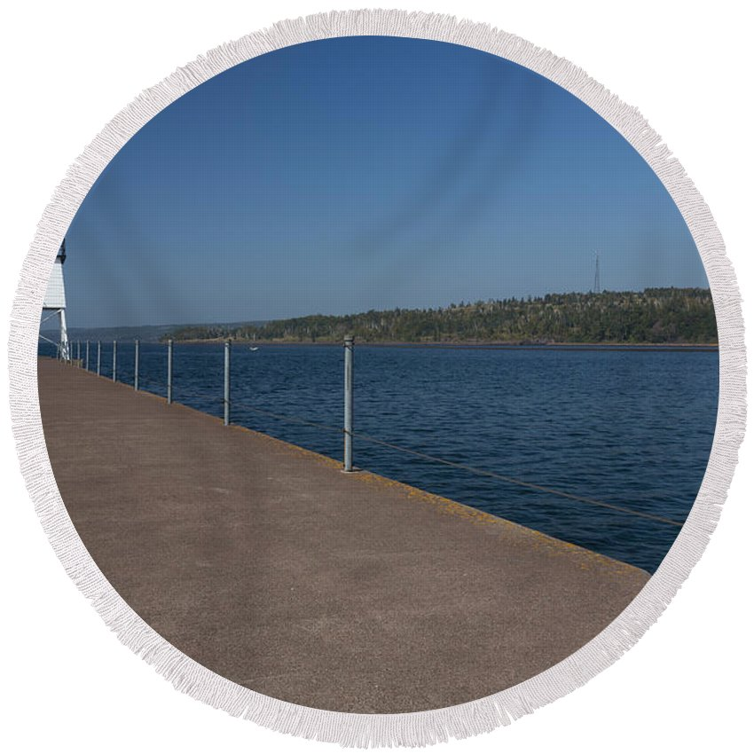 Two Harbors Round Beach Towel featuring the photograph Two Harbors Mn Pier Light 12 by John Brueske