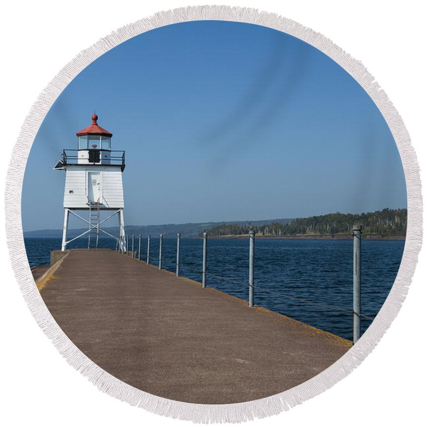 Two Harbors Round Beach Towel featuring the photograph Two Harbors Mn Pier Light 13 by John Brueske
