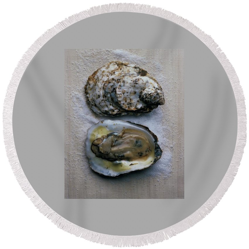 Cooking Round Beach Towel featuring the photograph Two Oysters by Romulo Yanes
