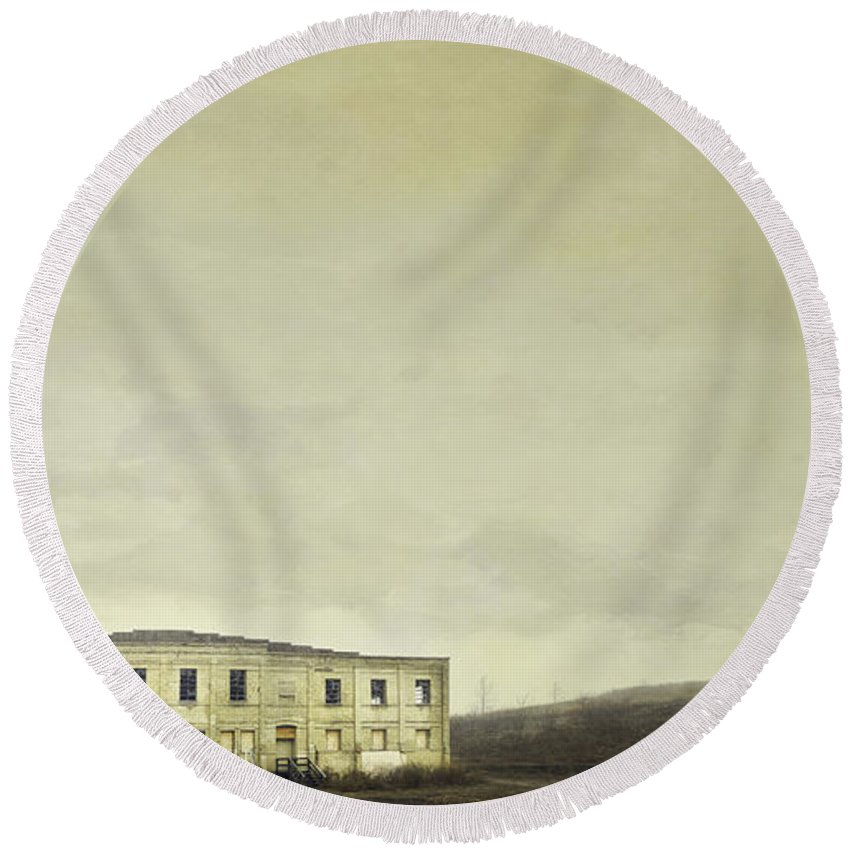 Warehouse Round Beach Towel featuring the photograph Urban Ruins by Scott Norris