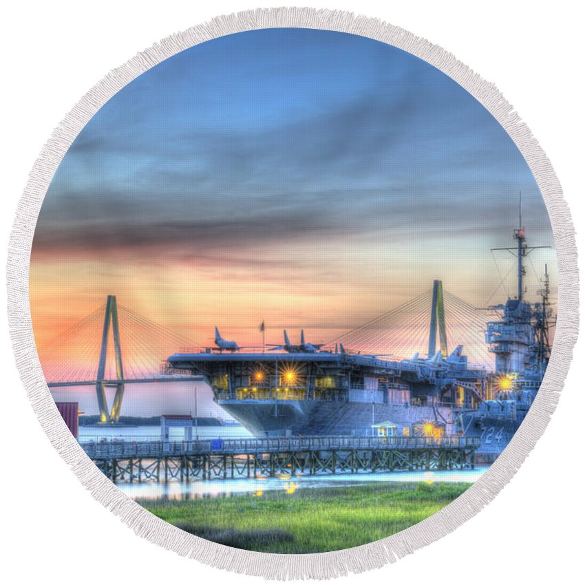 Sunset Round Beach Towel featuring the photograph Uss Yorktown by Dale Powell