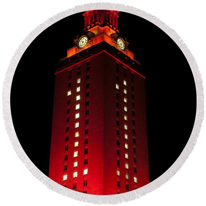 Ut Tower Round Beach Towel featuring the photograph Ut Tower 1 by Sean Wray