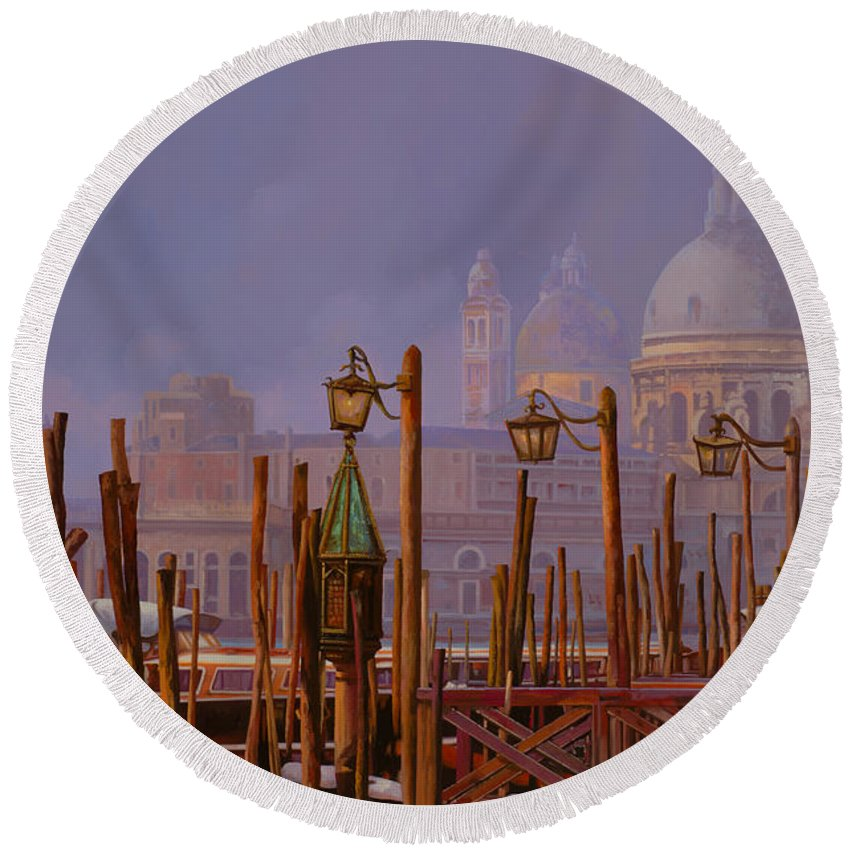 Venice Round Beach Towel featuring the painting Venezia E La Nebbia by Guido Borelli