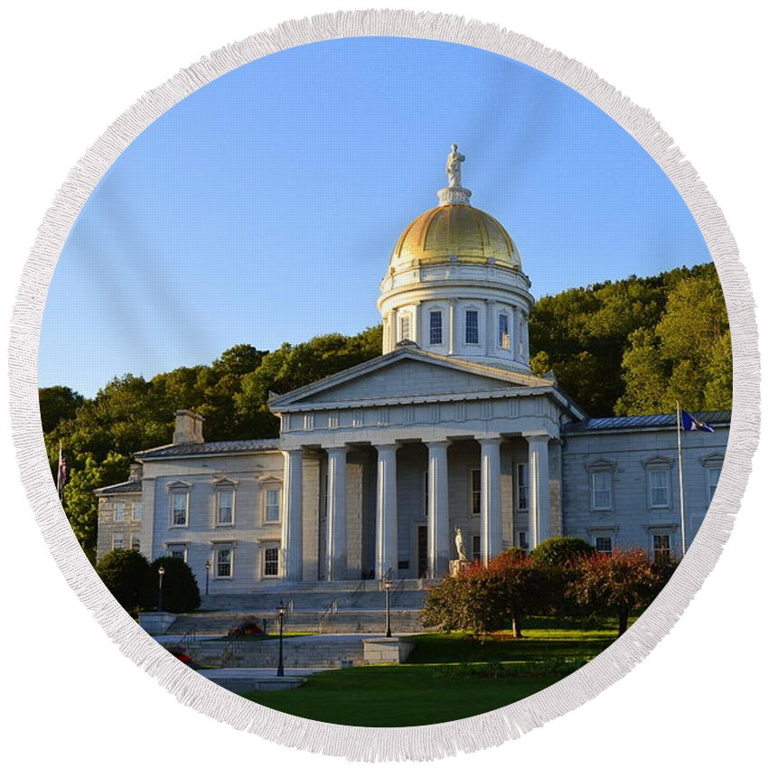 Vermont Round Beach Towel featuring the photograph Vermont State House by Catherine Sherman