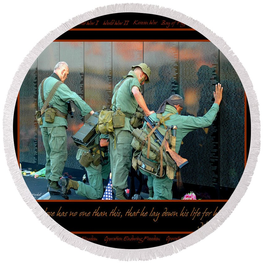 Veterans Round Beach Towel featuring the photograph Veterans At Vietnam Wall by Carolyn Marshall