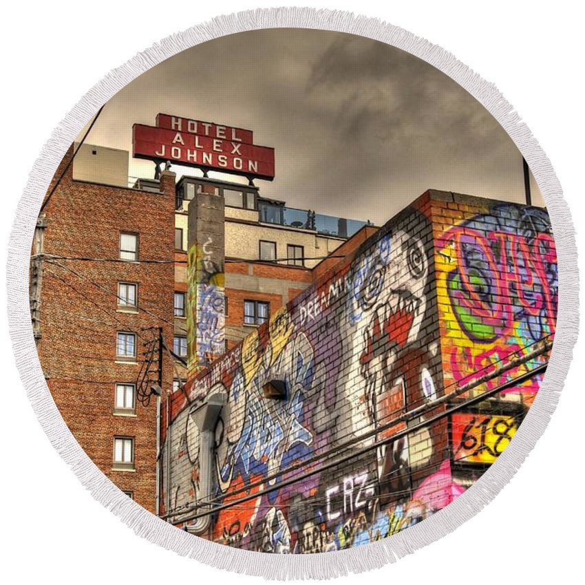 Graffiti Round Beach Towel featuring the photograph Vibrant Lodging by Anthony Wilkening