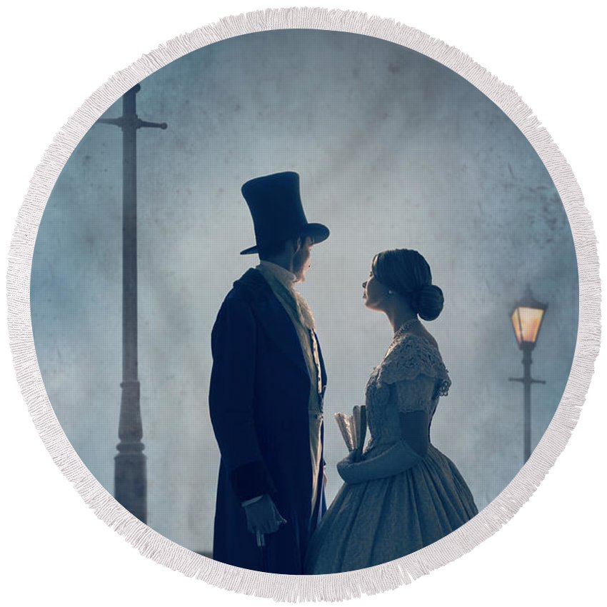 Victorian Round Beach Towel featuring the photograph Victorian Couple At Nighttime Under Gas Lights by Lee Avison