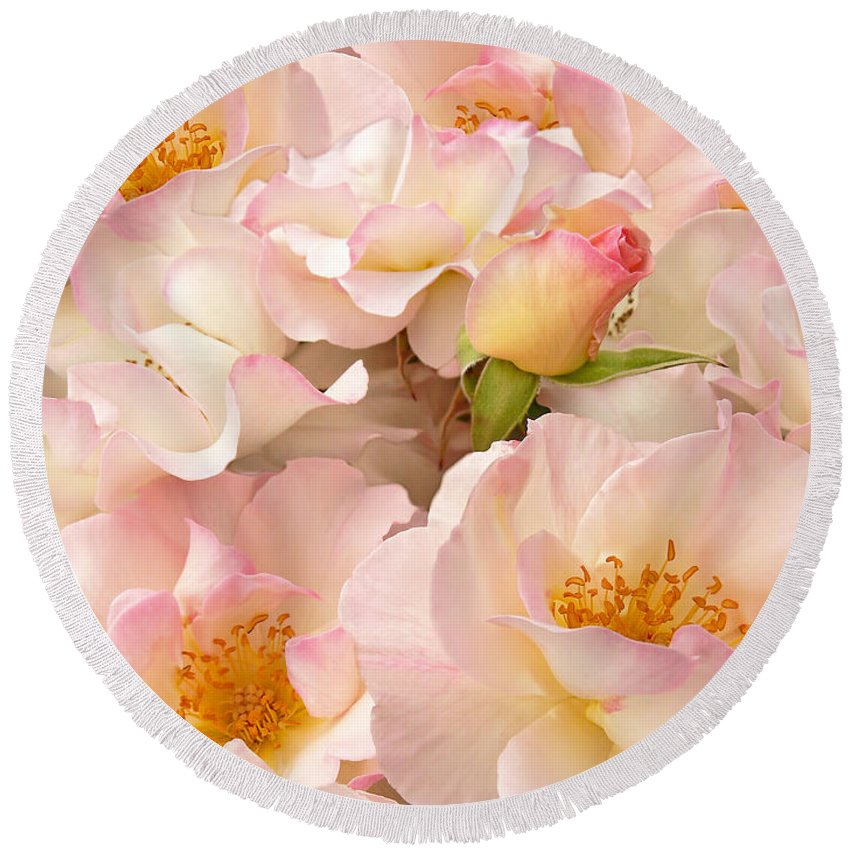 Rose Round Beach Towel featuring the photograph Victorian Pink Roses Bouquet by Jennie Marie Schell