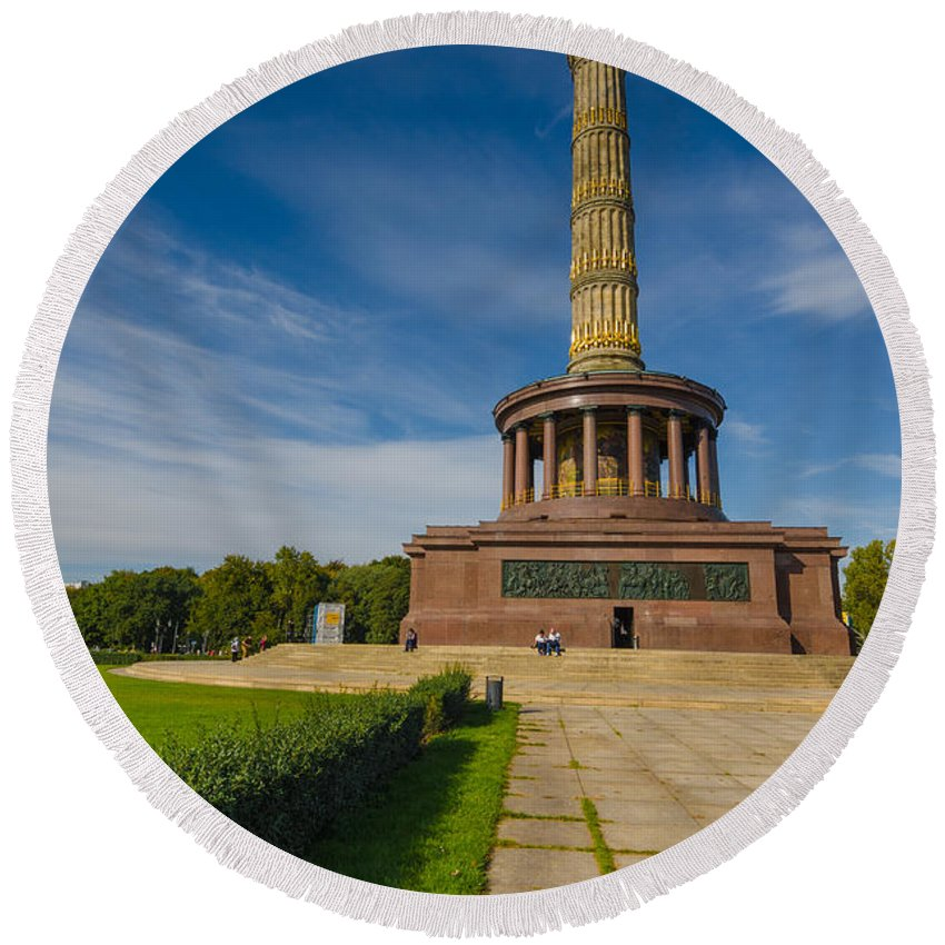 Siegessäule Round Beach Towel featuring the photograph Victory Column by Jonah Anderson