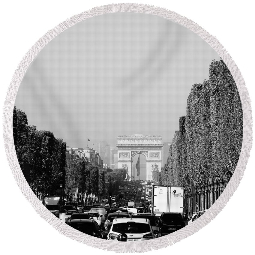 Paris Round Beach Towel featuring the photograph View Up The Champs Elysees Towards The Arc De Triomphe In Paris France by Richard Rosenshein