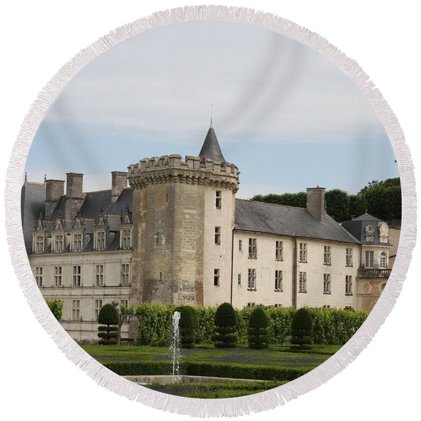 Palace Round Beach Towel featuring the photograph Villandry Chateau And Boxwood Garden by Christiane Schulze Art And Photography