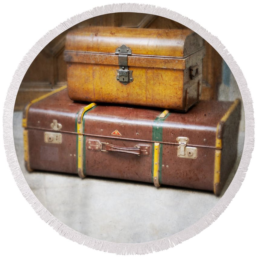 Vintage Round Beach Towel featuring the photograph Vintage Luggage by Lee Avison