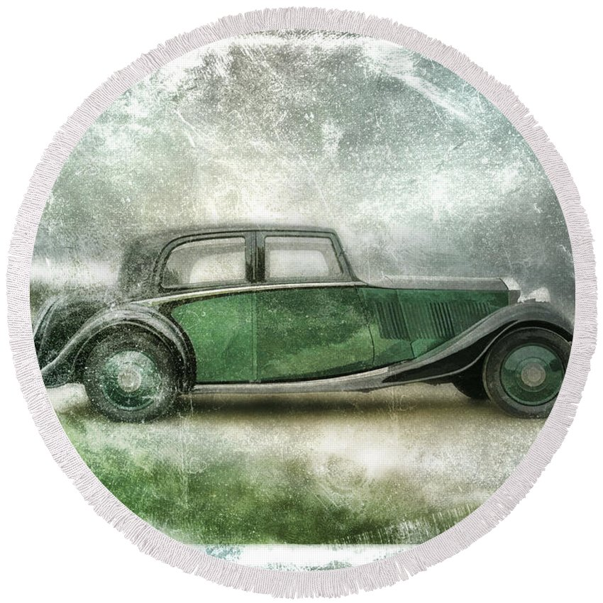 Vintage Round Beach Towel featuring the digital art Vintage Rolls Royce by David Ridley